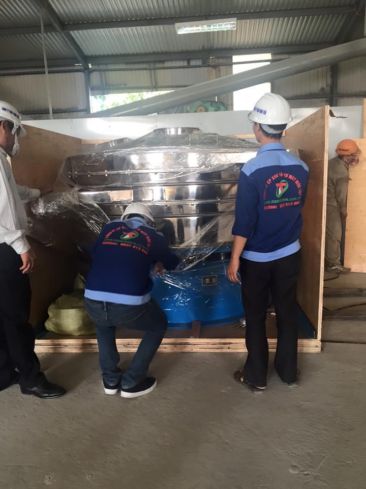 Quy trình đóng thùng máy sàng rung gửi cho khách hàng